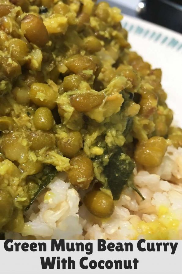 cherupayar curry with coconut