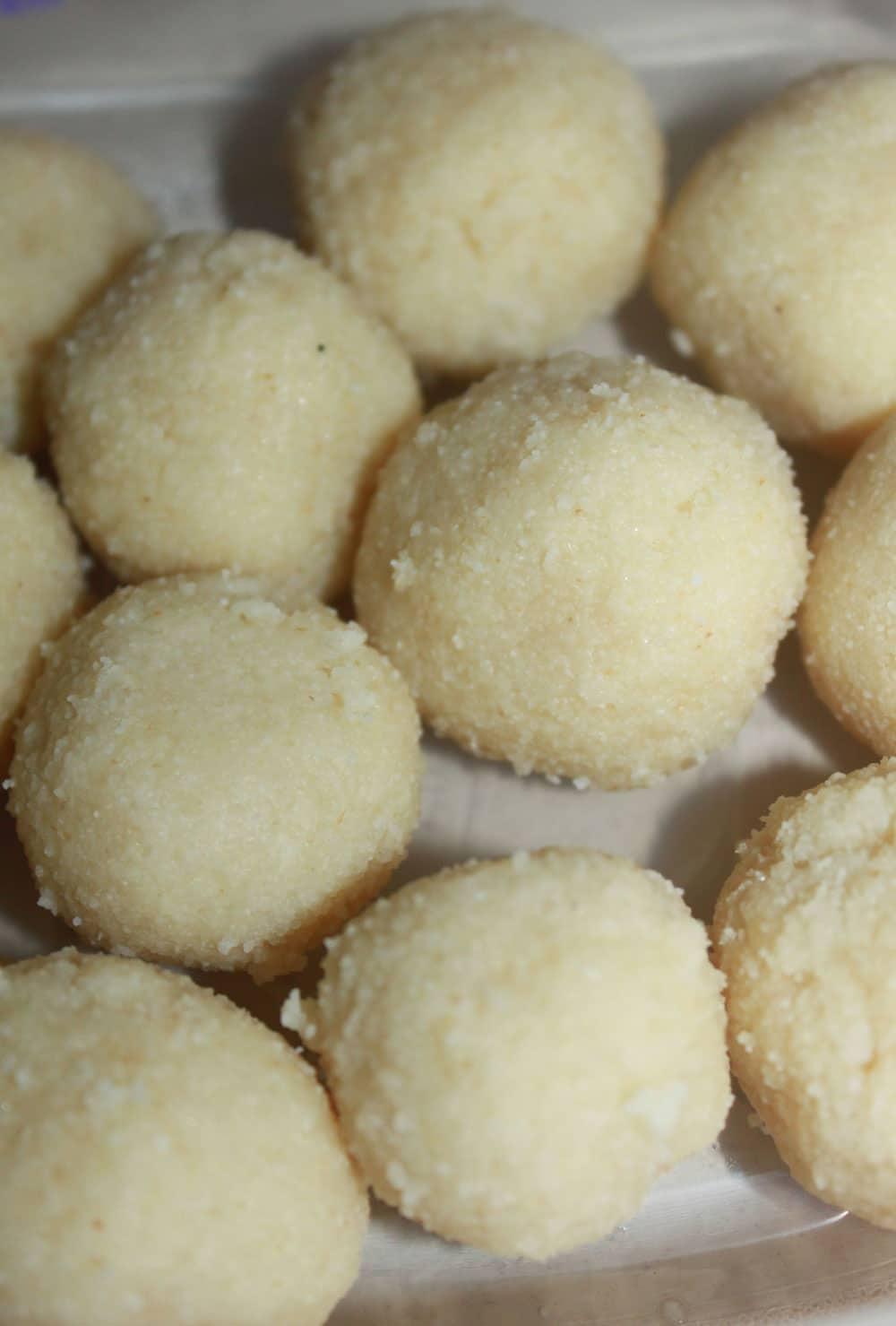 rava laddu recipe indian sweet
