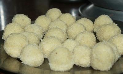 rava ladoo recipe South Indian