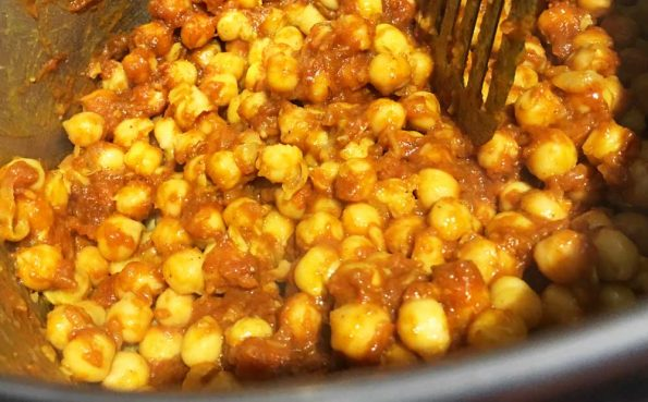 chickpeas onion tomato paste chana masala