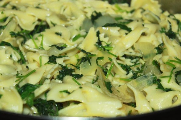 fresh garlic parsley pasta recipe vegetarian
