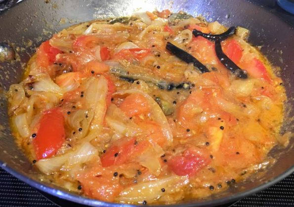 tomato onion curry for rice and chapathi