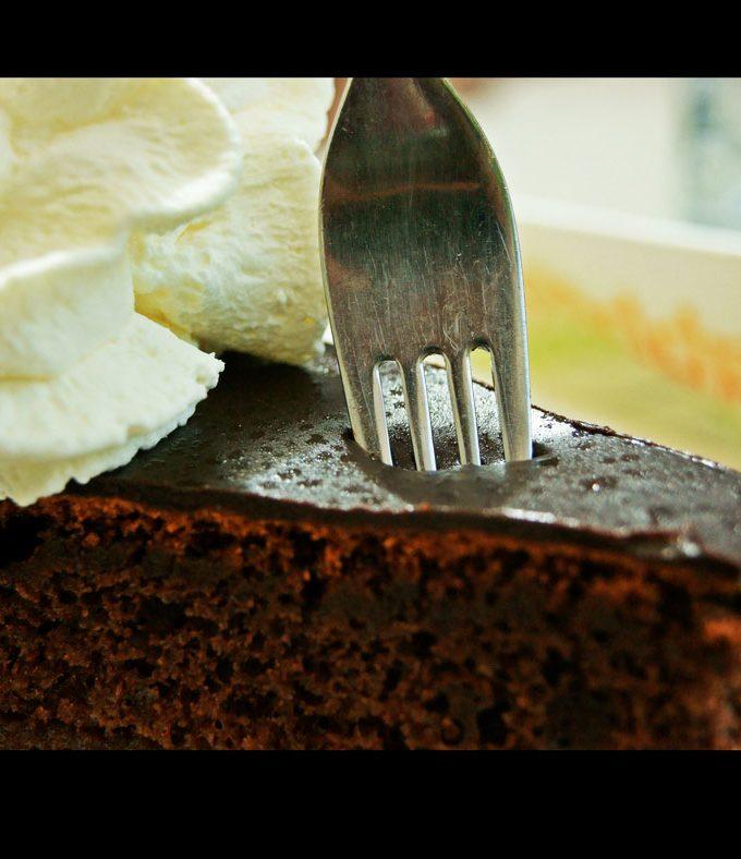 How To Fix Dry Cake – Moisten Dry Cake – How To Soften Hard Cake/Dry Cake
