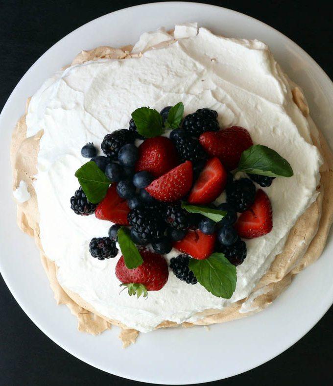 Simple Whipped Cream Recipe Using Heavy Whipping Cream – Basic Vanilla Whipped Cream Recipe