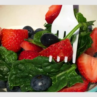 Strawberry Blueberry Spinach Salad Recipe