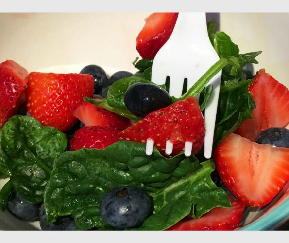 Strawberry Blueberry Spinach Salad Recipe – Fruit And Vegetable Salad Recipe Easy
