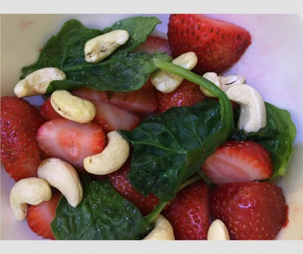 easy spinach strawberry salad recipe sugar free