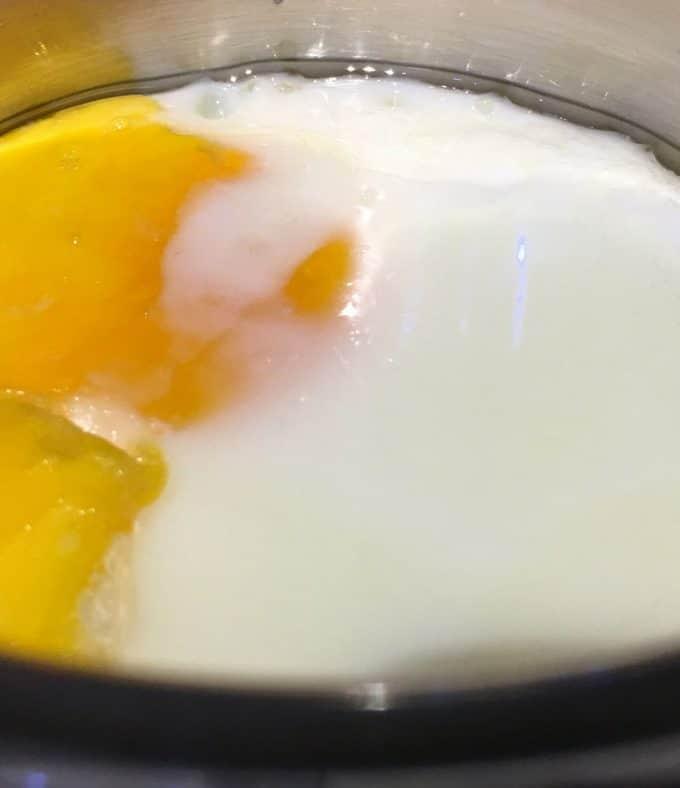 How To Bake An Egg In The Oven – Basic Baked Egg Recipe – How To Cook An Egg In The Oven