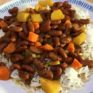 Rajma Chawal Recipe With Potatoes & Carrots – Easy Rajma Chawal Curry Recipe