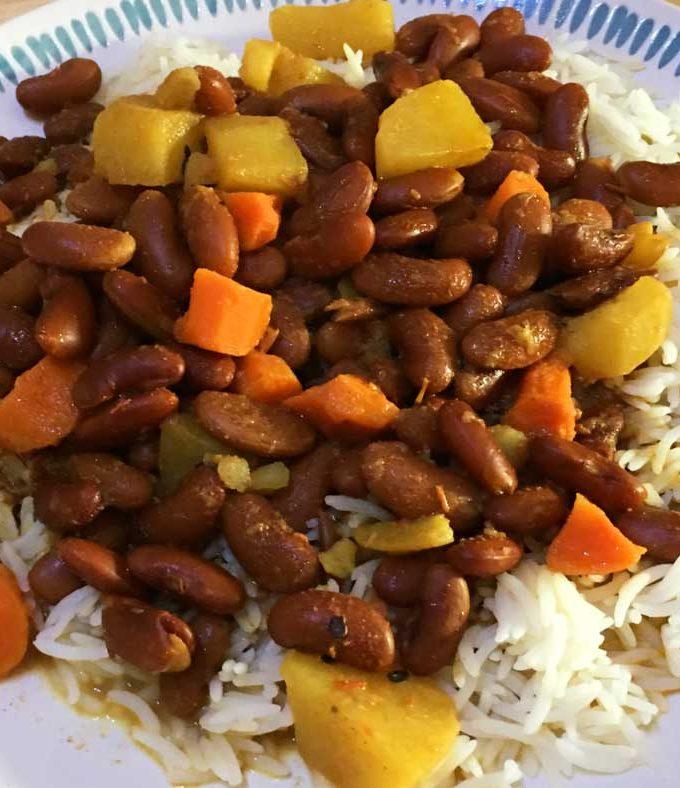 Rajma Chawal Recipe With Potatoes & Carrots – Easy Rajma Chawal Curry Recipe