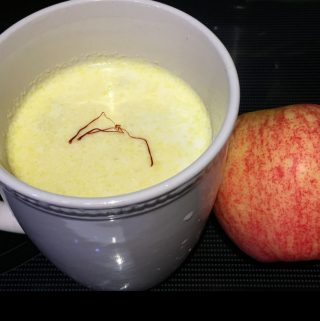 Apple Kheer Recipe – Apple Payasam Recipe – Indian Apple Milk Pudding Recipe Without Eggs