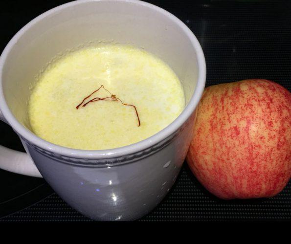 Apple Kheer Recipe – Apple Payasam Recipe – Indian Apple Milk Pudding Recipe Without Eggs