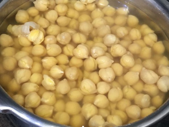 cooked chickpeas for kadala curry