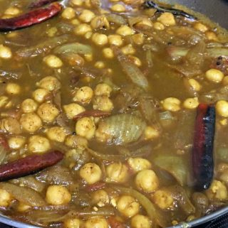 Kadala Curry For Chapathi – Easy Chickpea Curry Vegan Recipe Indian Style