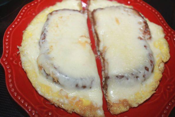 make cheese stuffed omelette recipe