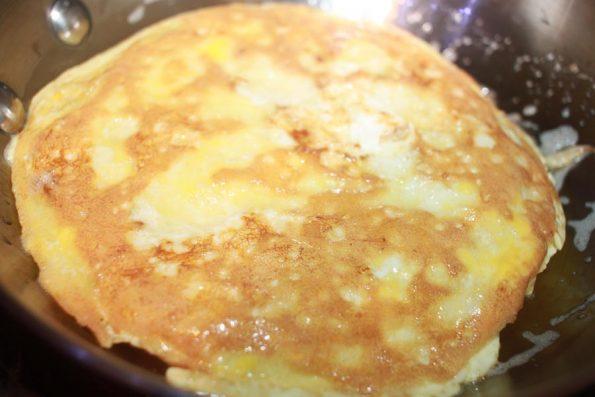 make stuffed omelet for breakfast