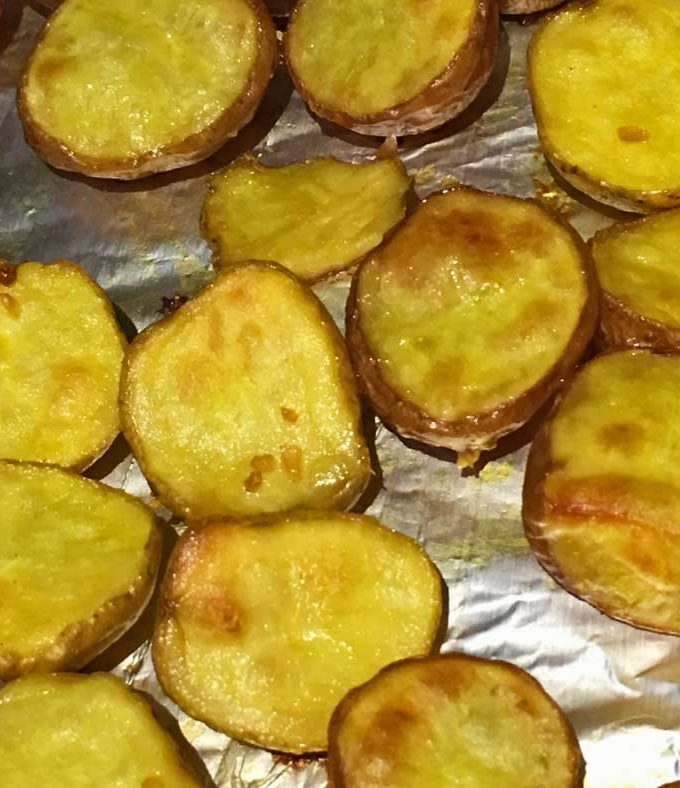 Roasted Creamer Potatoes Recipe – Easy Oven Roasted Creamer Potatoes (Red Aand Yellow Baby Potatoes) Recipe