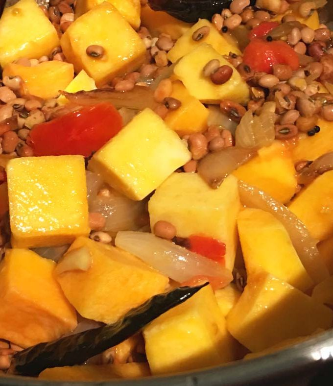 Simple Butternut Squash Curry Recipe With Red Cowpeas – Vegan/Vegetarian One Pot Butternut Squash Curry Recipe