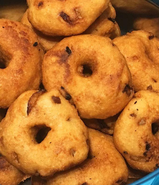 Uzhunnu Vada Kerala Style Recipe – How To Make Uzhunnu Vada Kerala Style Recipe