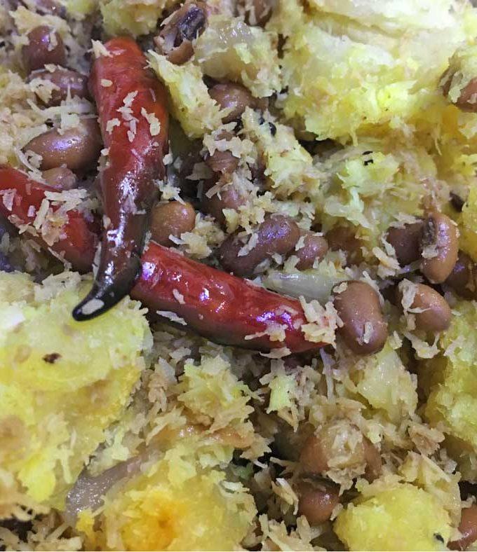 Kappa Vevichathu With Payar – Kappa Payar Puzhukku – Tapioca/Cassava Indian Style Recipe