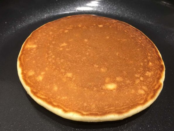 pancakes without baking powder with eggs