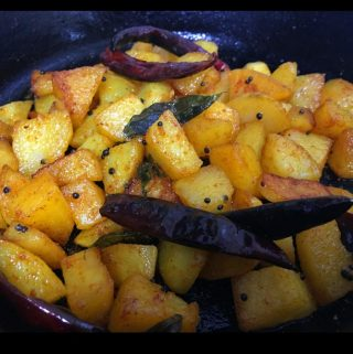 Potato Mezhukkupuratti – Spicy Potato Upperi Kerala Style Recipe – South Indian Potato Stir Fry Recipe