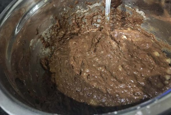 vegan chocolate banana muffins batter