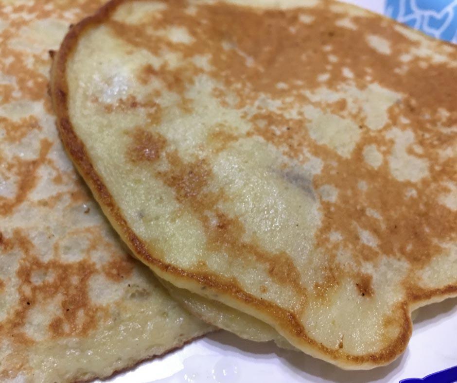 Ingredients for homemade pancakes without baking powder