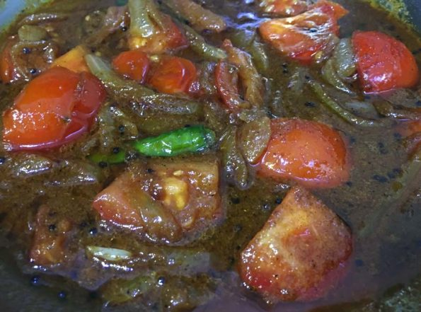 how to make spicy tomato curry recipe