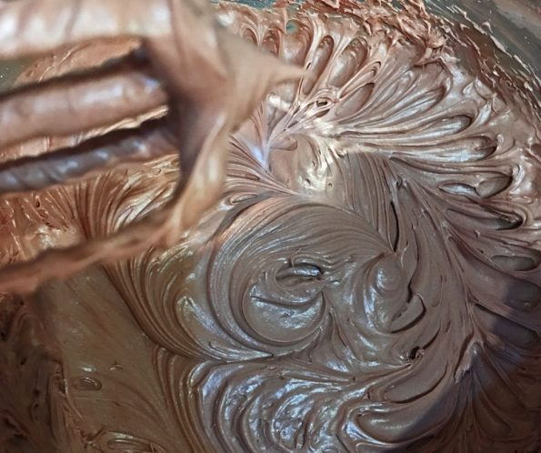 how to make chocolate cream cheese frosting