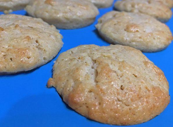 cinnamon applesauce mini muffins recipe