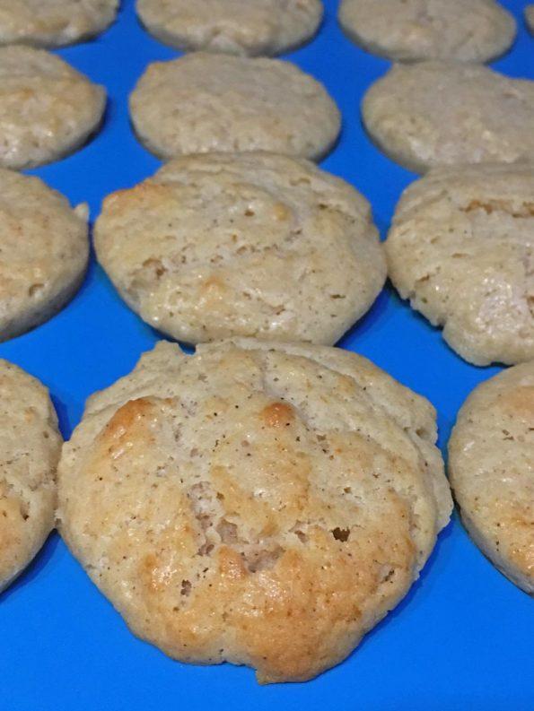 homemade cinnamon applesauce muffins recipe