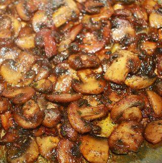 garlic butter mushrooms recipe using button mushrooms