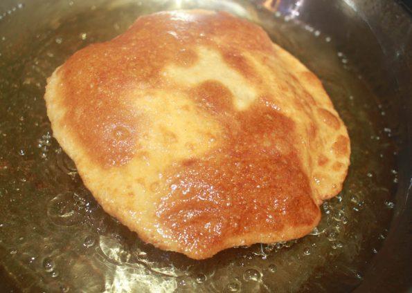frying soft crispy poori