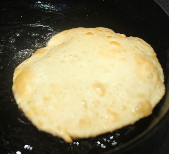 how to fry luchi puri