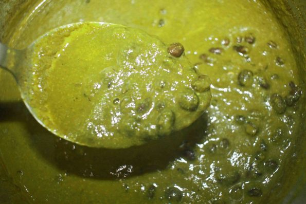mustard greens curry recipe with black beans