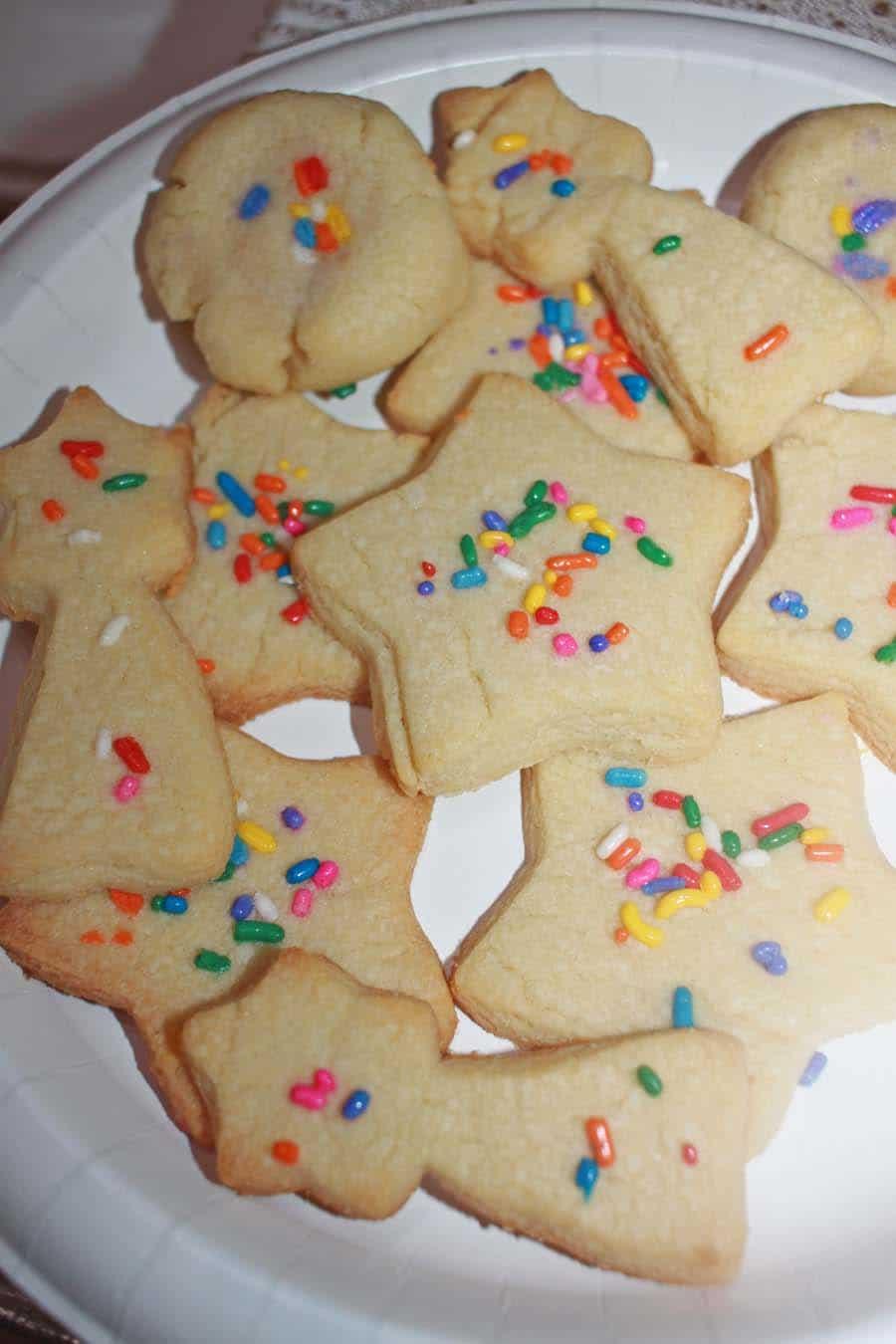 christmas sugar cookies recipe with rainbow sprinkles
