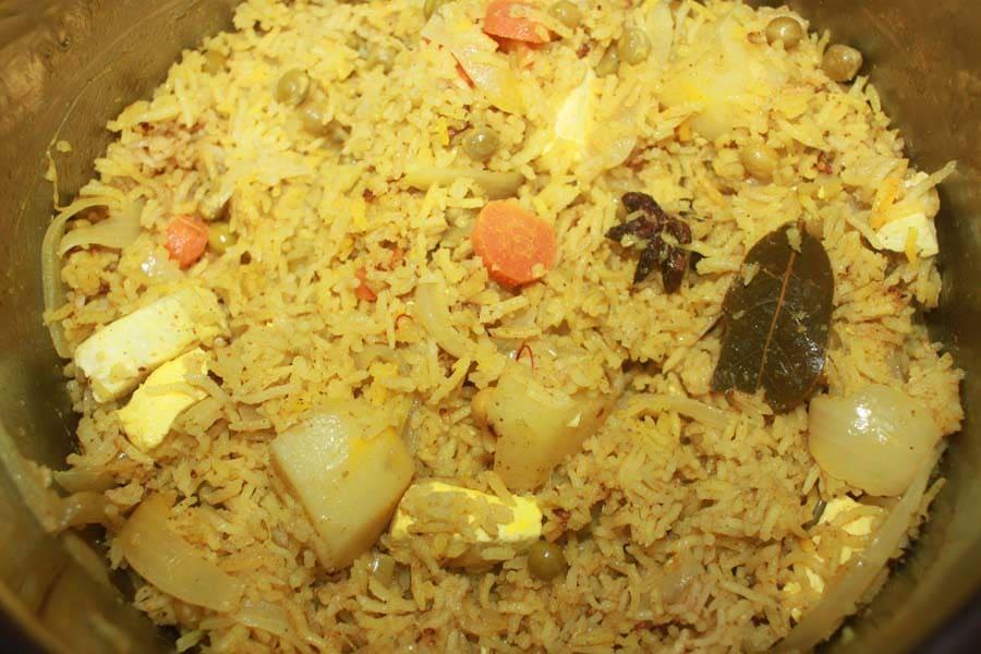 instant pot paneer biryani with vegetables recipe