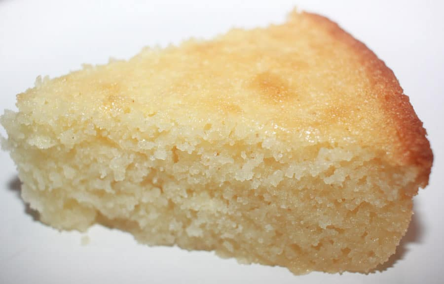 semolina yogurt cake slice