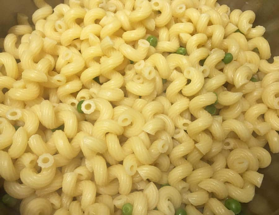 cellentani pasta with garden peas