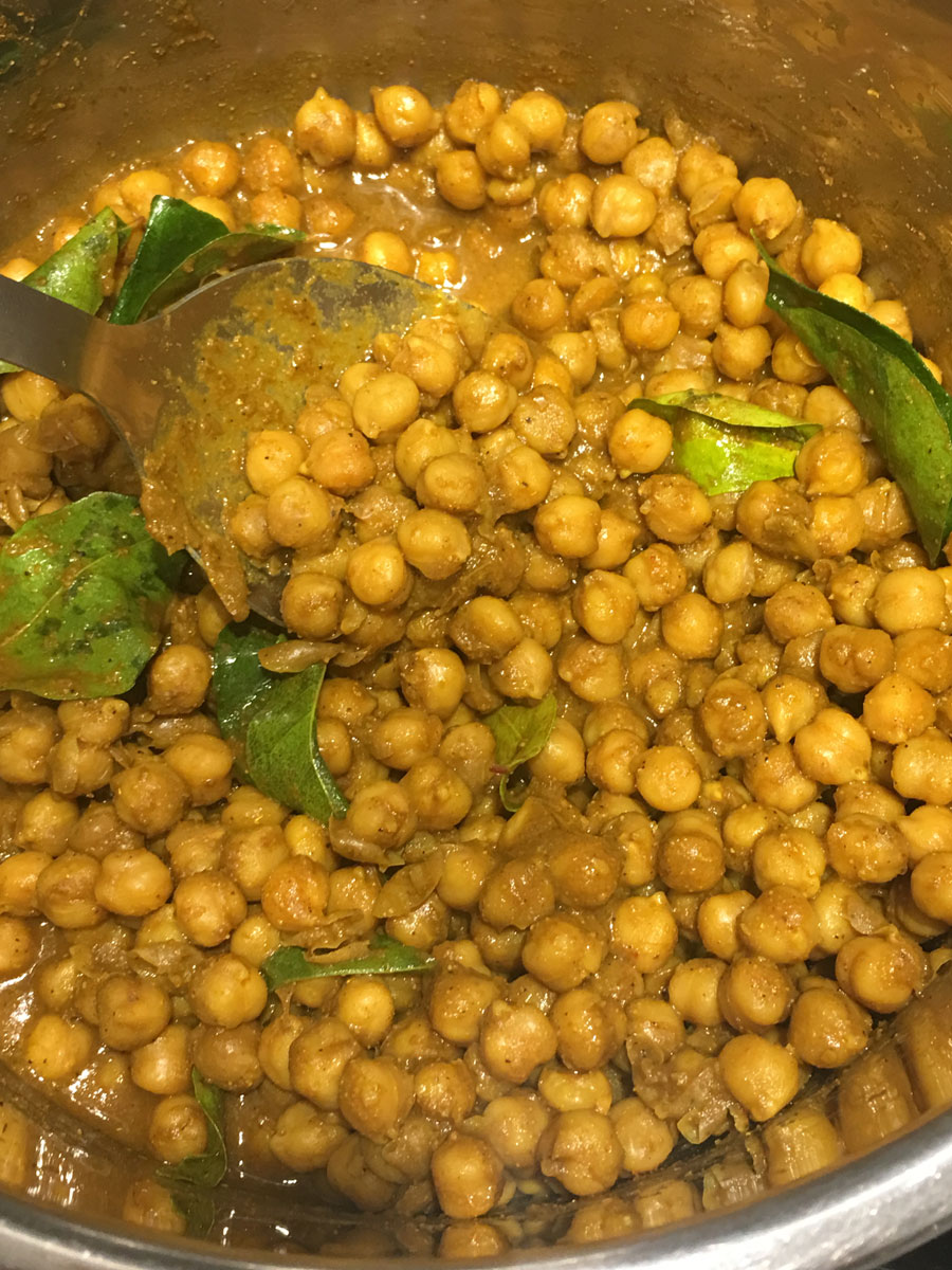chickpea curry from dried chickpeas