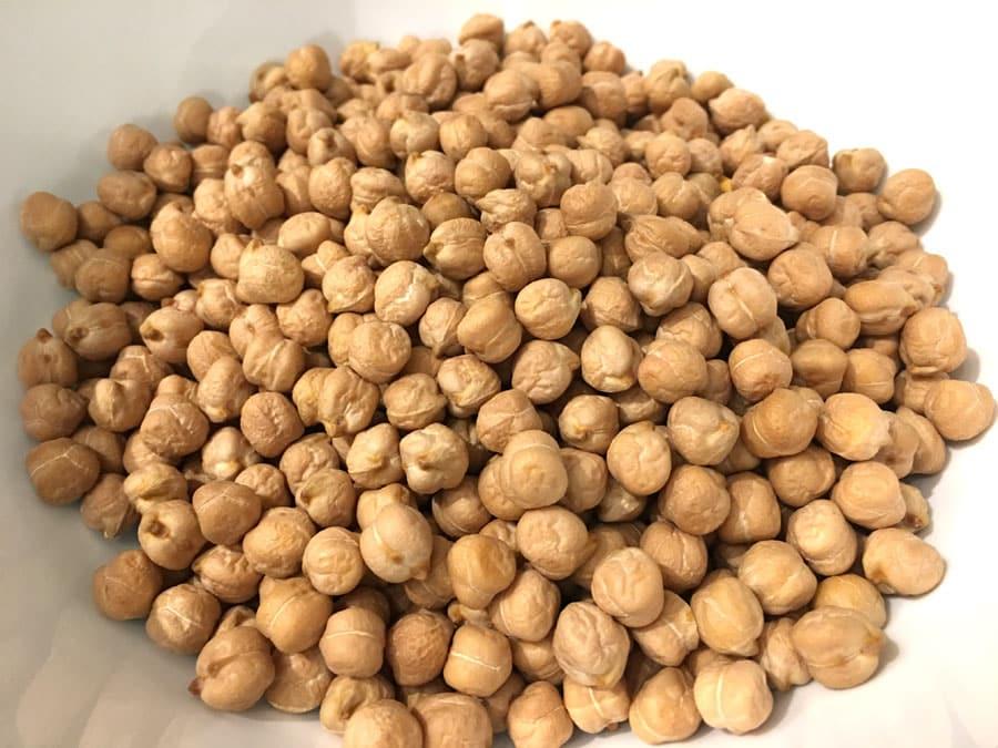 dried white chickpeas