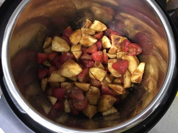 strawberry apple butter preparation
