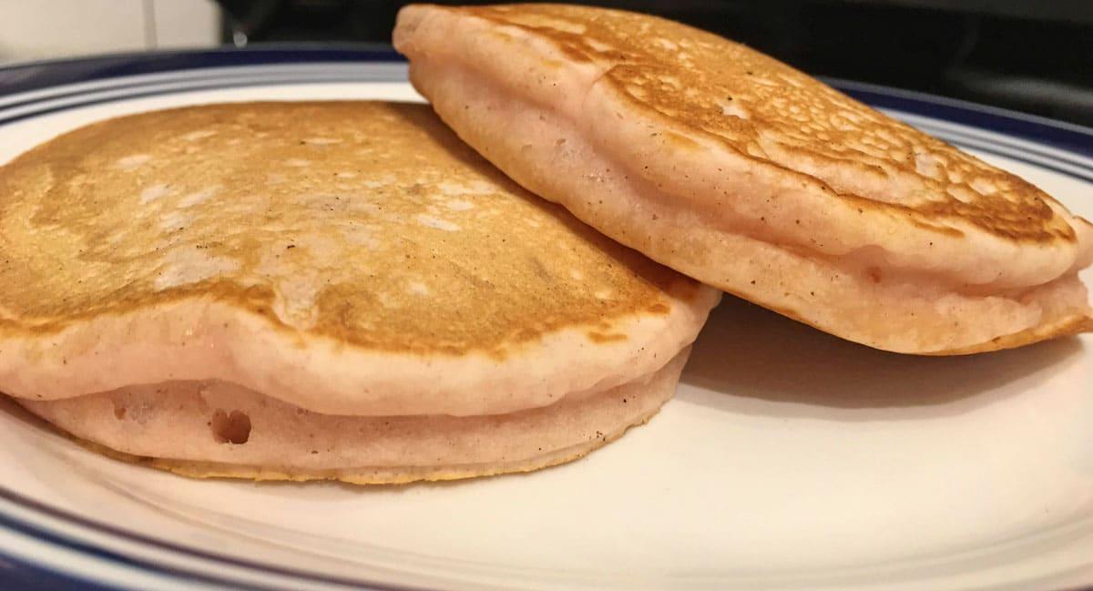 strawberry vanilla cinnamon flavored pancakes