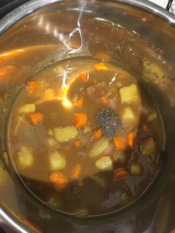 add black pepper to curry