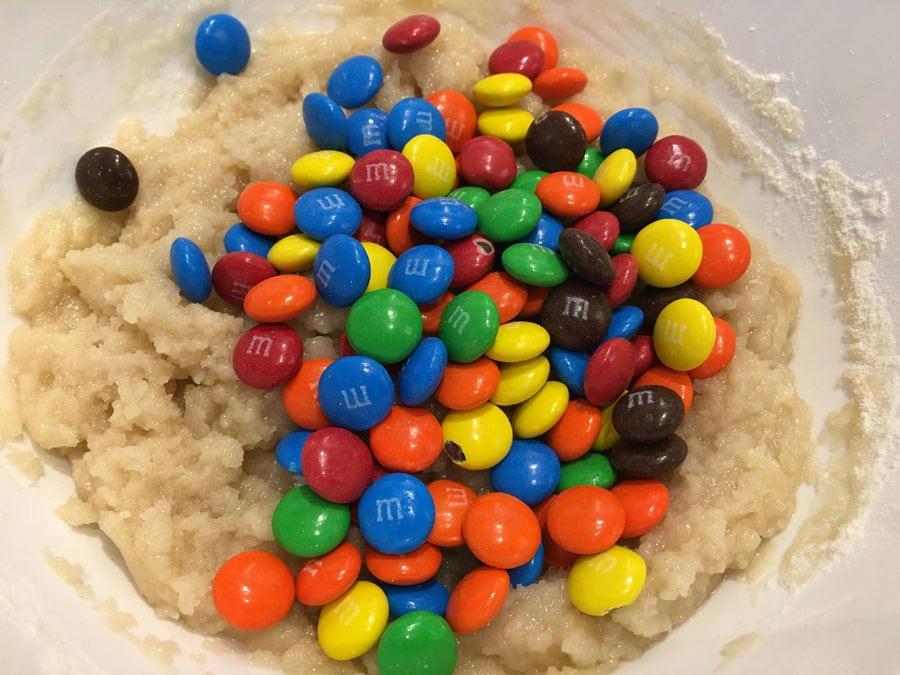 add m&m candies to cookie dough