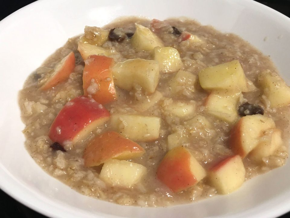 apple cinnamon oatmeal with maple syrup