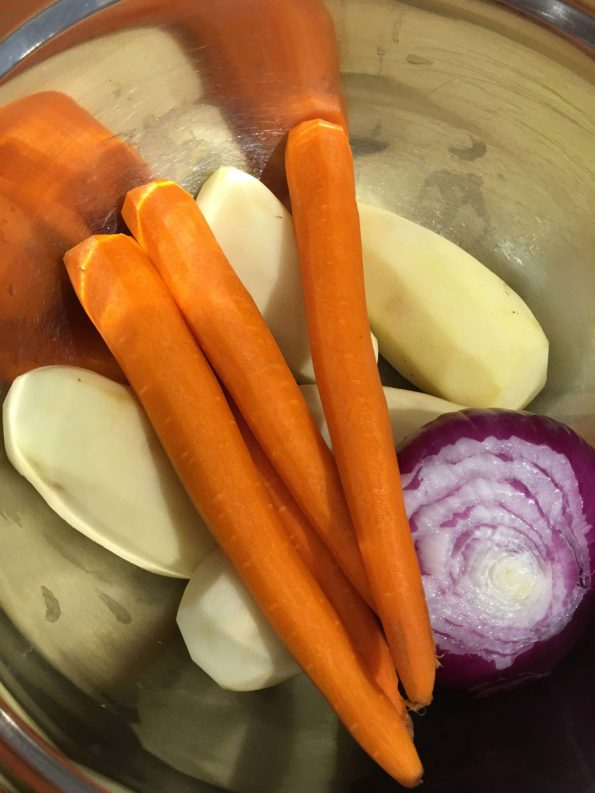 ingredients to make potato carrot curry