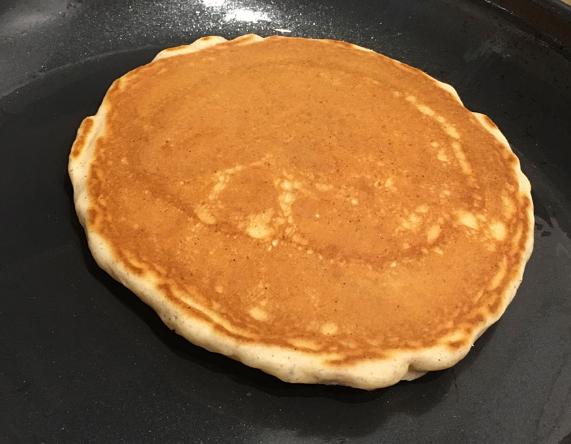 flip and cook pancakes