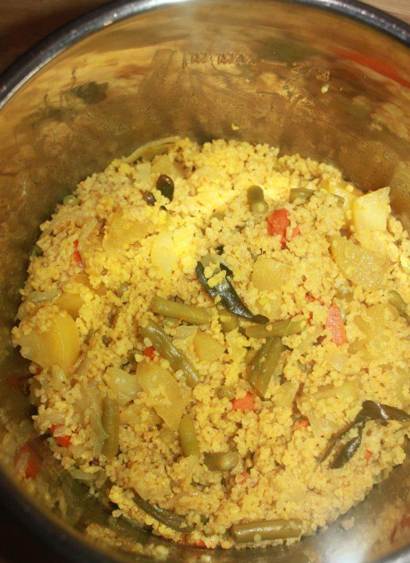 instant pot upma with bulgur wheat